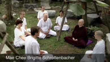 Retiros/Cursos de Meditación en Bangkok con Mae Chee Brigitte